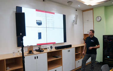 锐丰智能携手合作伙伴Voice-Acoustic开展技术交流活动